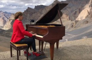 Suona Chopin sull'Himalaya per 90 minuti