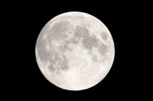 Tutti con il naso all'insù, arriva lo spettacolo della Super Luna dell'anno