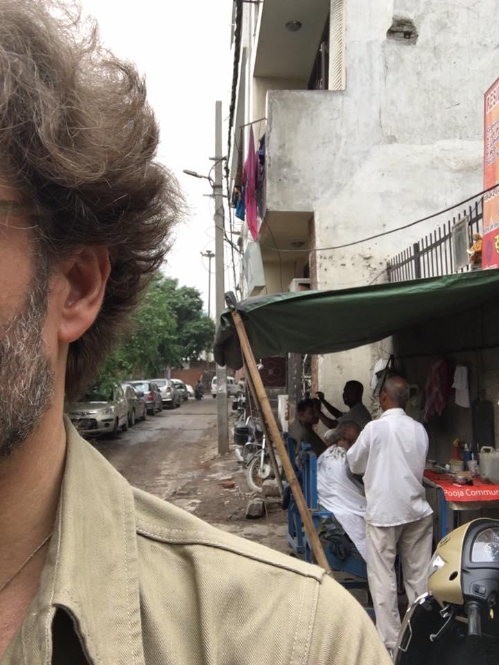 India barbiere all'aperto