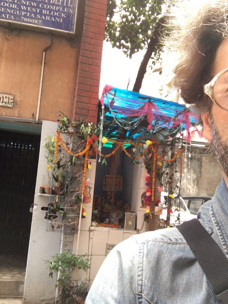 L'India è ricca di tempi adornati da ghirlande votive
